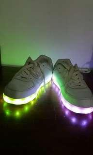 Sneaker anak import