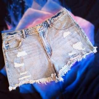 Forever 21 Ripped Denim Shorts Original Hot Pants Jeans Jumbo XL Preloved Murah #dibuangsayang