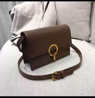 Brown vintage looking bag (never use)