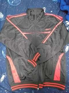 90% new Adidas jacket XL red and black