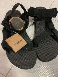 Cotton on 涼鞋
