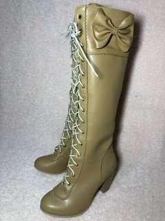 🚚 【Lily搬家出清】綁帶 仿皮 長筒靴 米棕色 蘿莉塔可穿 淑女野餐風 低跟 Liz Lisa風