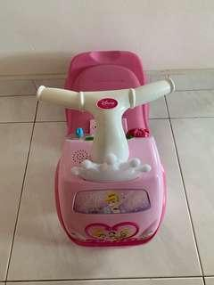🚚 Disney princess toy car