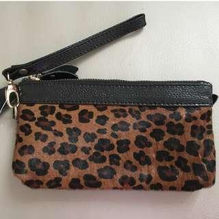 豹紋毛毛拉鏈長銀包 Leopard Print Long Zipper Wallet