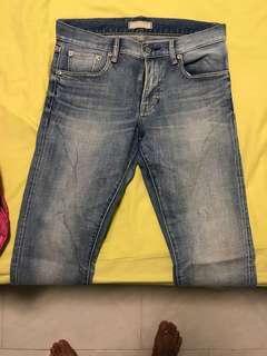 🚚 Uniqlo jeans size 29