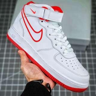 NIKE Air Force1 空軍一號板鞋 / 男鞋 (新品現貨出現) NIKE Air Force1 Air Force No. 1 Shoes / Men's Shoes (New in stock)