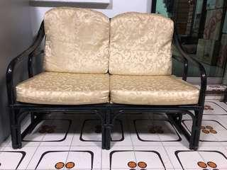 Rattan Lovers seat with glass top rattan table