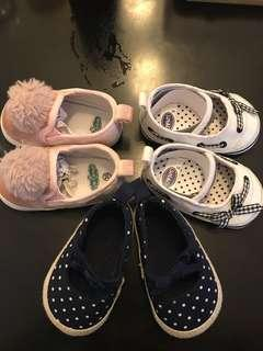 3 Baby shoes for 350