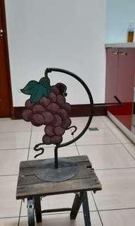 早期葡萄園雙面鐵牌