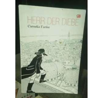 Novel Herr Der Diebe (Pangeran Pencuri) - Cornelia Funke