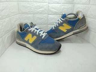 New Balance 348
