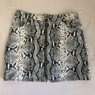 M Boutique Snakeprint skirt