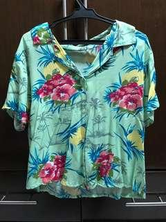 Summer floral Hawaiian shirt