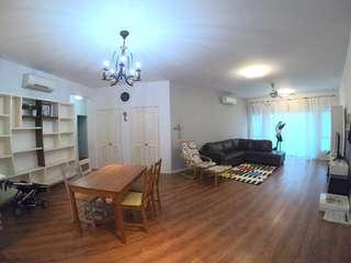 Metropolitan Square 3+1 rooms unit for rent