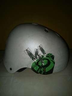 Helm nuke head bmx