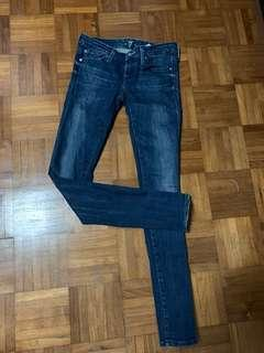 🚚 7 For All Mankind Straight Cut Jeans sz25