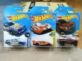 Hot Wheels Nissan Ford Chevrolet lot