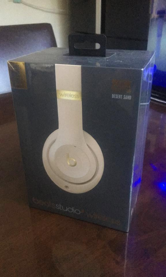 BRAND NEW SEALED Beats Studio 3 Wireless Headphones
