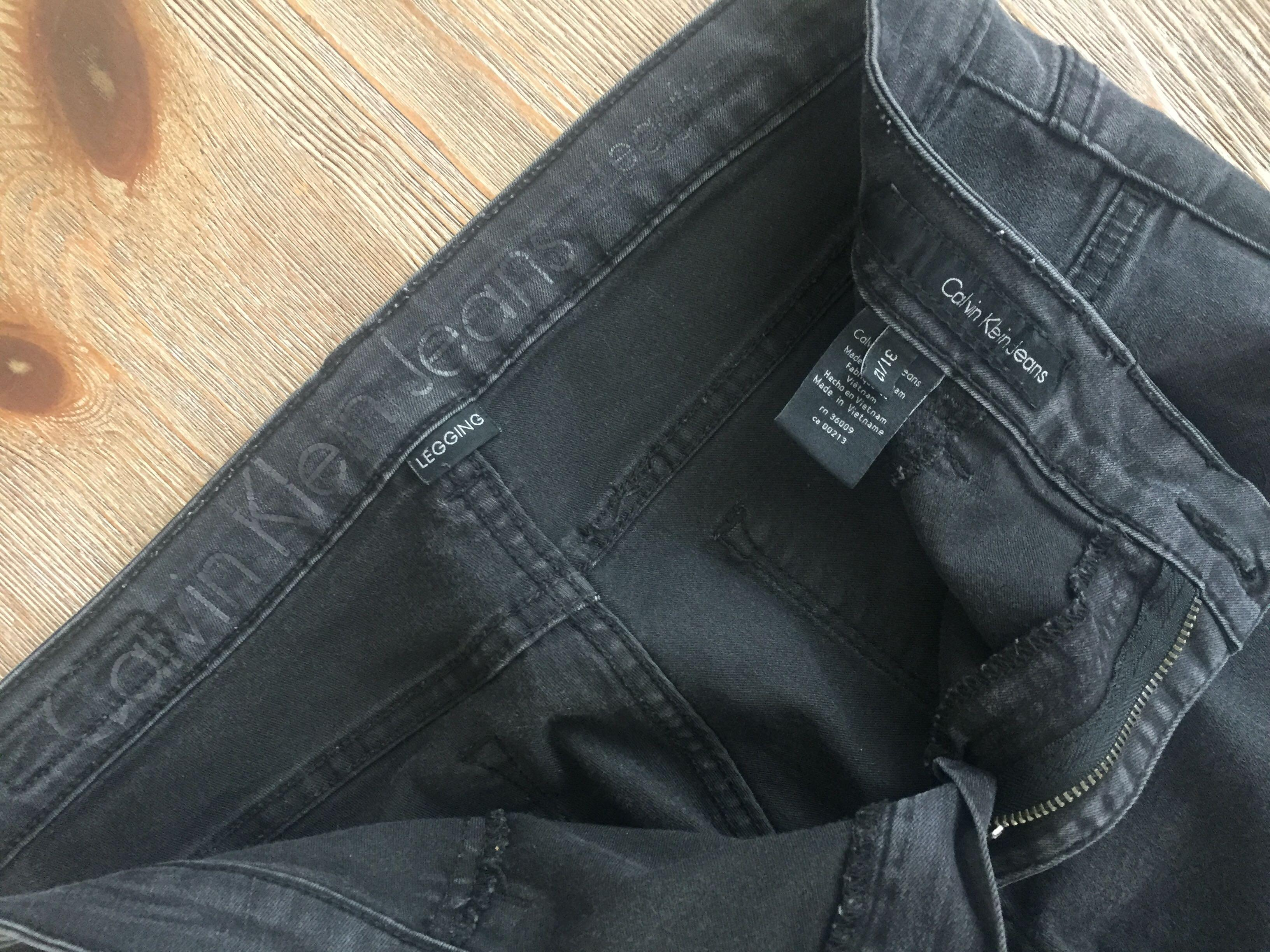 Calvin Klein Skinny Jeans Size 12