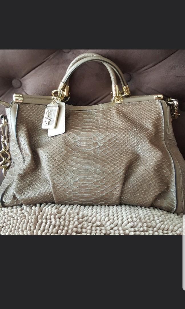 Fire Sale, now 500 - large authentic beige gold COACH BAG, python-like leather bag - great condition, retail price 1900