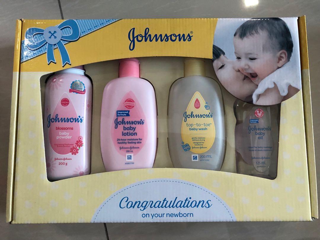 Johnson & Johnson Bathtime Gift Set