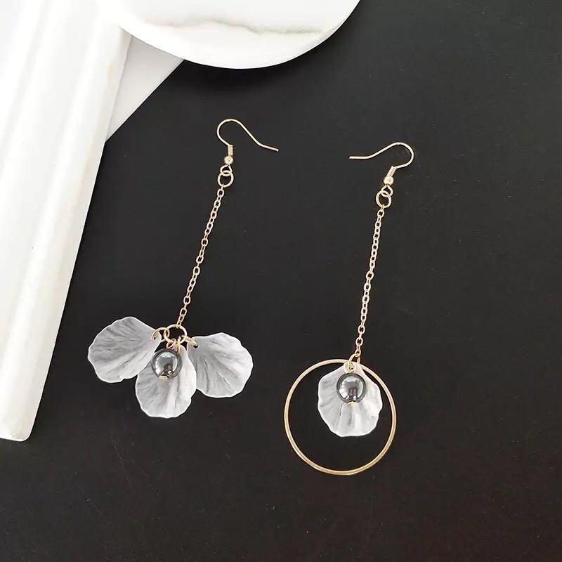 5873e721f1 Korean earring pearl