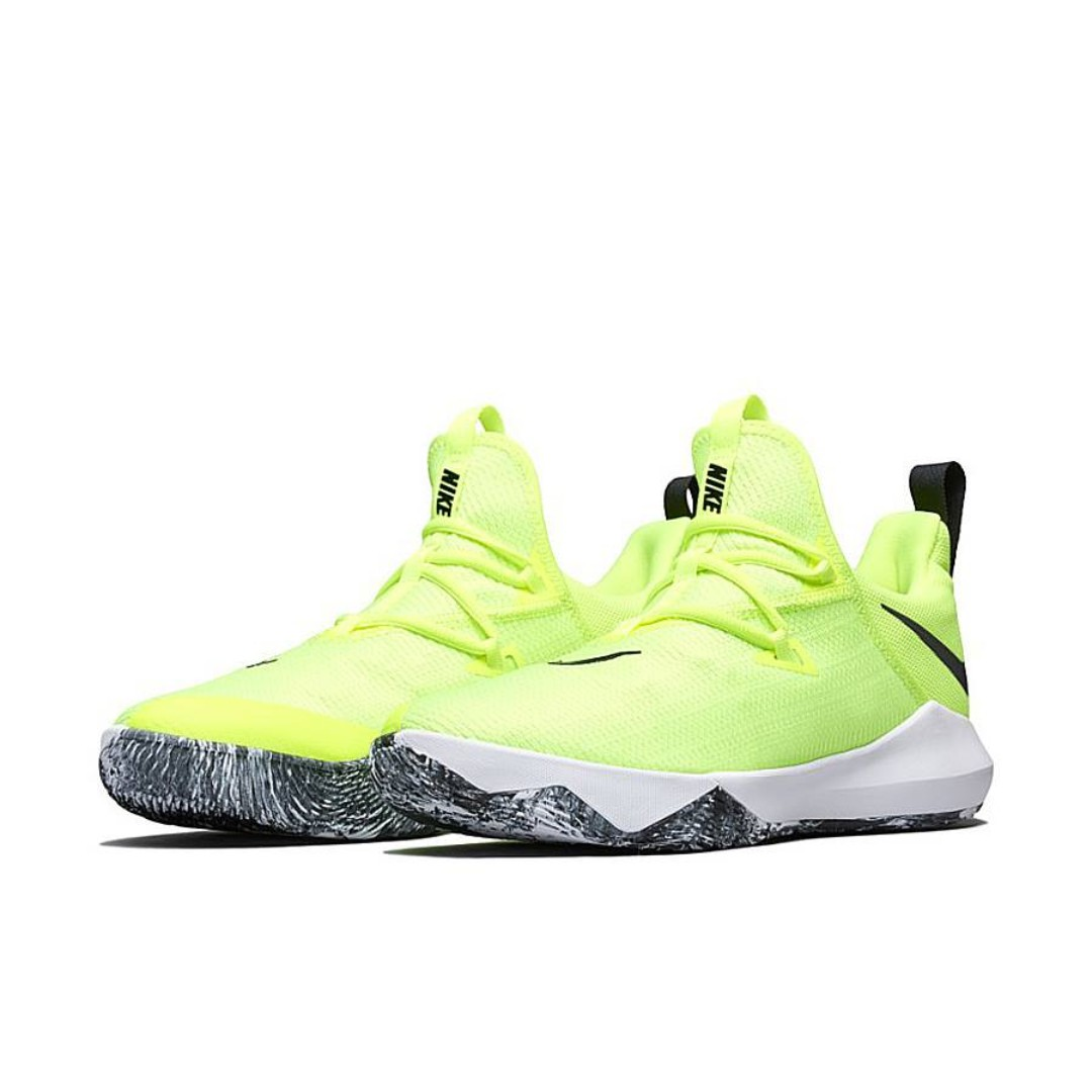 recuerda Confesión impuesto  Nike Zoom Shift 2 Fluorescent Green Basketball Shoes SRP: 5,000Php, Men's  Fashion, Footwear, Sneakers on Carousell