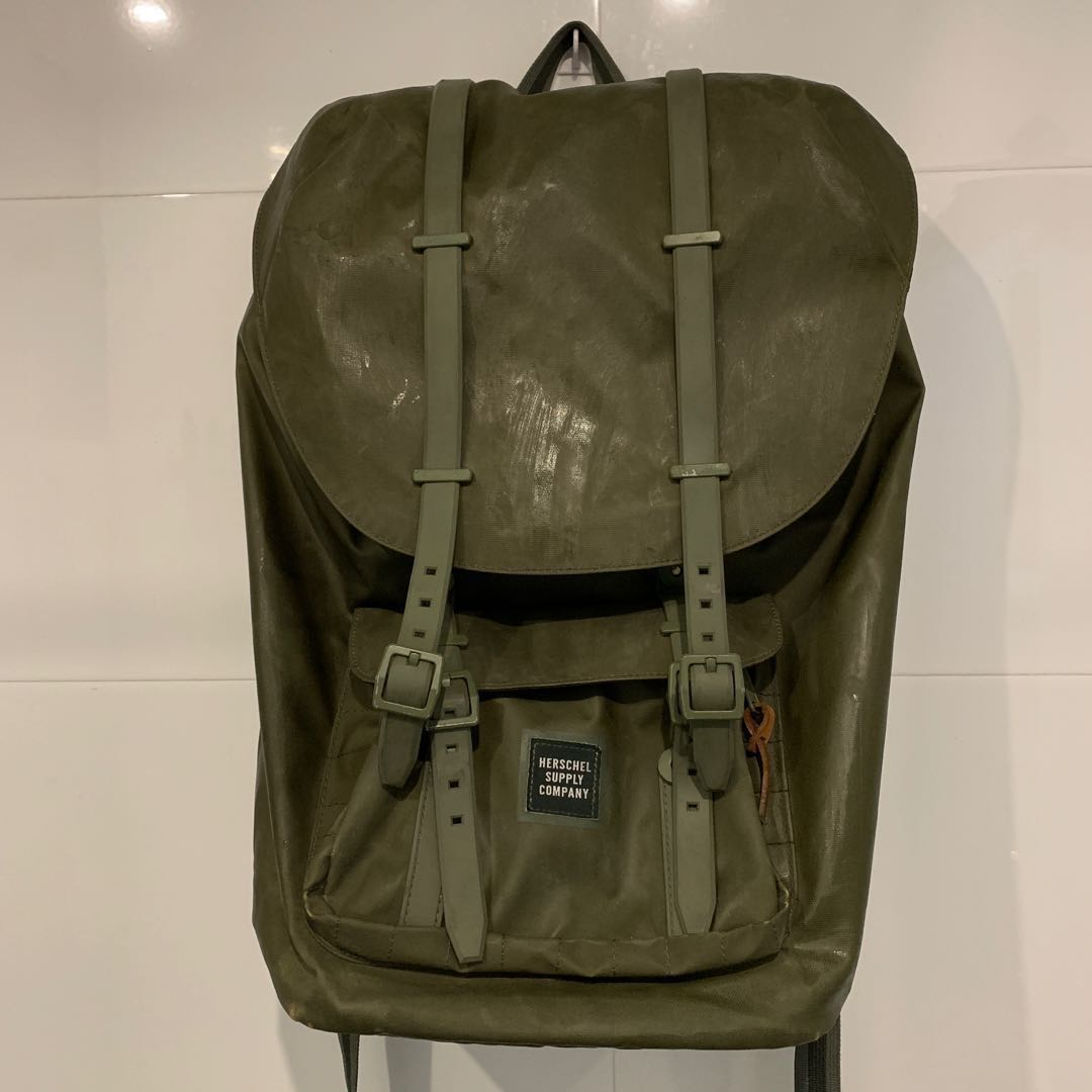 e5d07ee14c3 STEAL REPRICED RUSH SALE! Herschel Supply Company Backpack