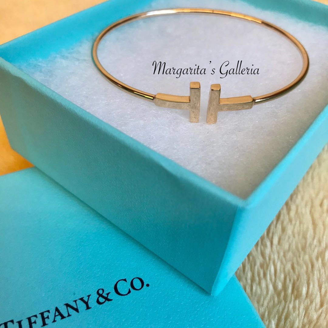 98bb6d8bc Tiffany & Co T Wire Bracelet in Italy 18K Rose Gold, Luxury ...