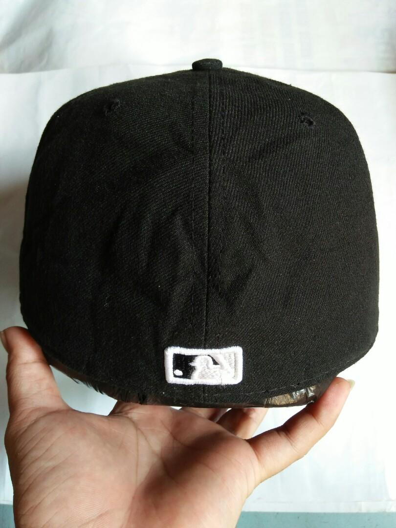 Topi Snapback MLB/Baseball  White SOX original made in U.S.A  Authentic Collection Official One-Field Cap/ New Era Since 1920 Vintage authentic Rare/Limited Edition full logo brand logo brand full bordir  Size: 7 3/8 (58,7cm) setara M-L