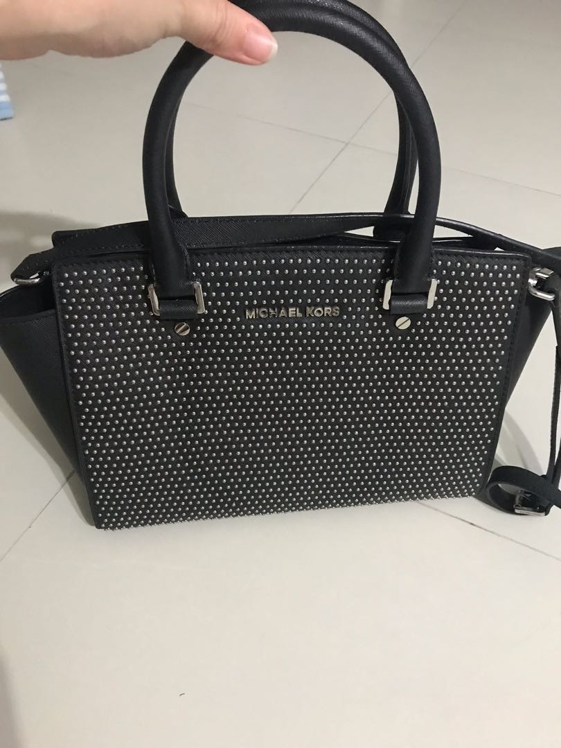 67bdae5c2106 Used authentic Michael Kors handbag/sling bag, Women's Fashion, Bags ...