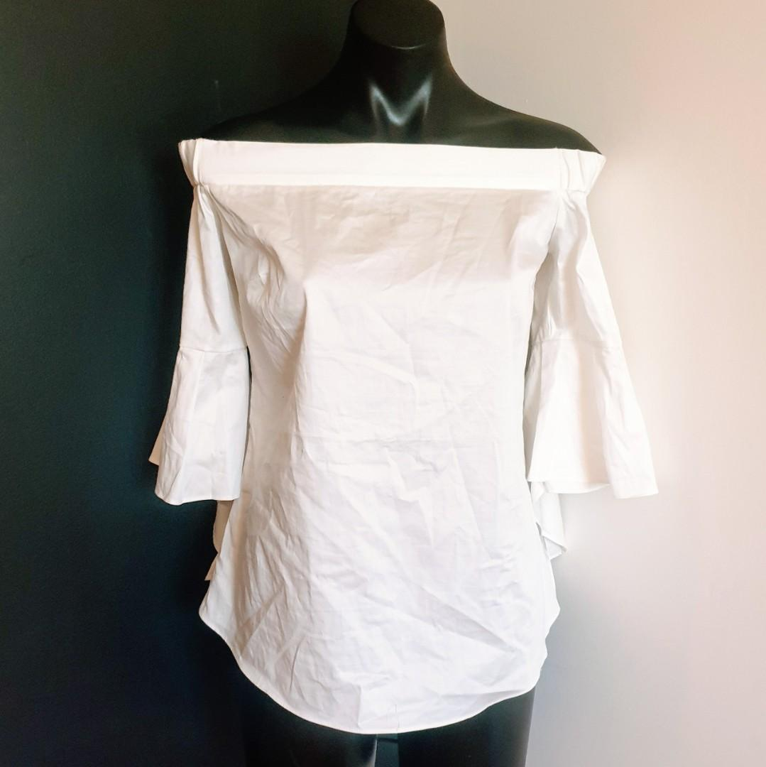Women's size 12 'PORTMANS' Stunning white off shoulder top with bell sleeves - AS NEW