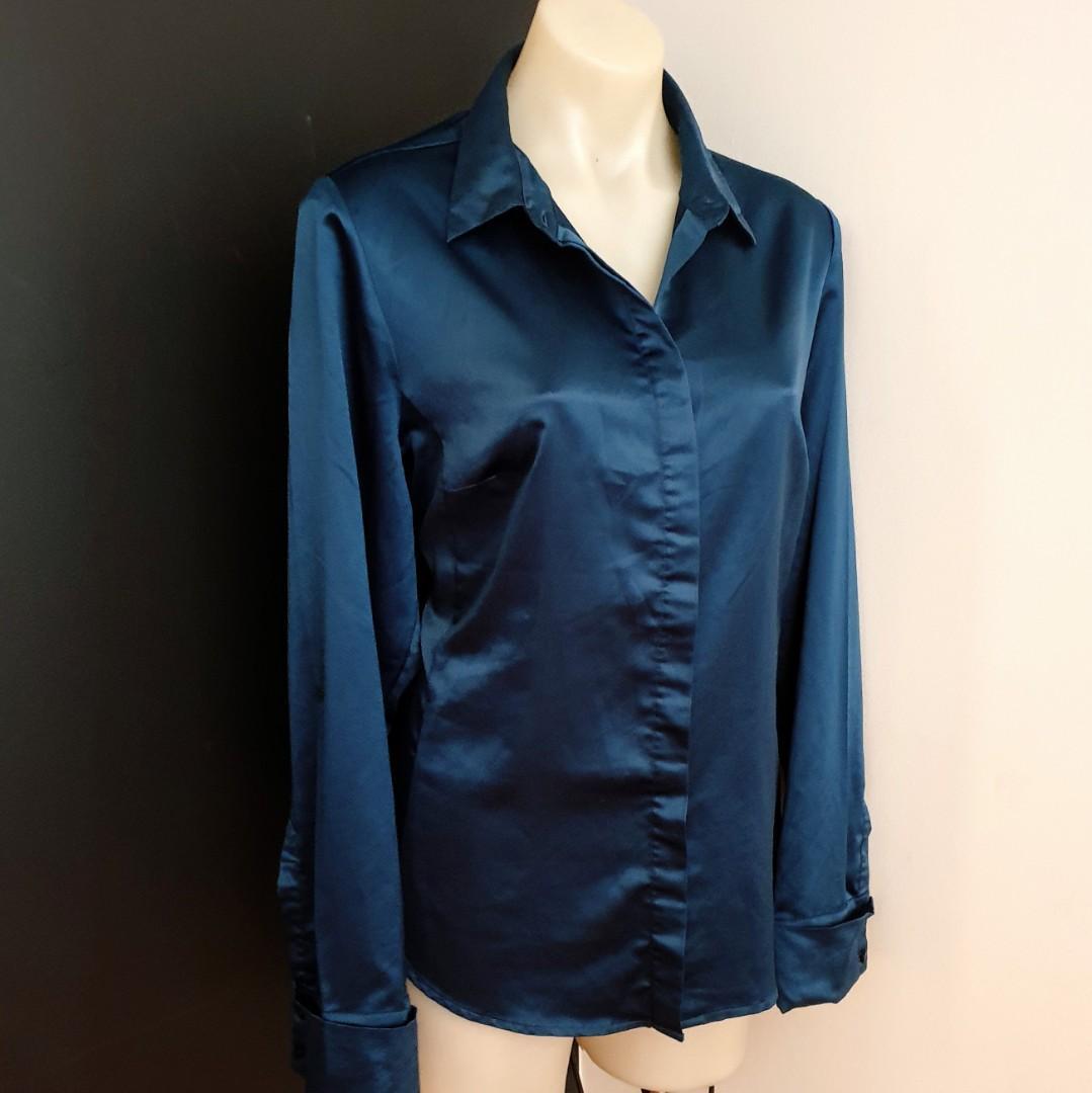 Women's size 16 'JACQUI E' Gorgeous dark green long sleeved shirt - AS NEW