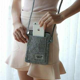 小巧麻灰色手機包斜背包 簡約布包小方包