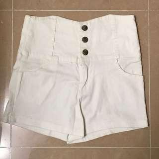 白色彈力高腰短褲