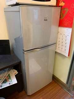 Toshiba 不結霜雪櫃 Refrigerator