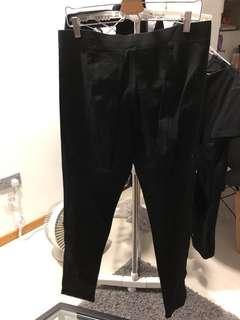 🚚 Women's DKNY Stretchy Pants