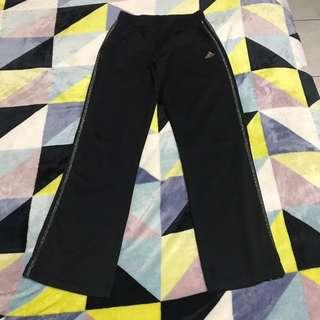 Adidas運動褲