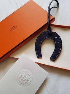 🚚 Hermes Paddock Horseshoe Charm Bleu Encre
