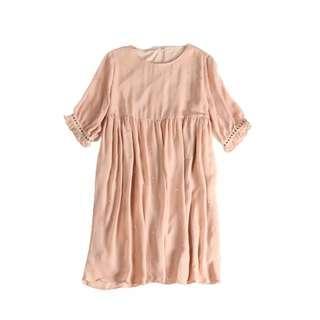 粉色雪紡燙鑽高腰寬鬆連衣裙