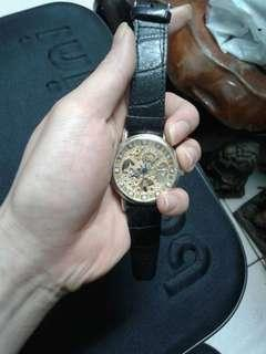 🚚 Goer簍空皮錶