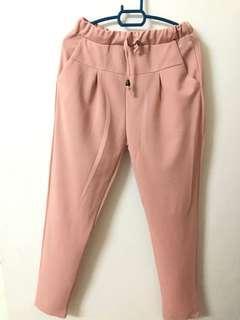 Loose pants skinny