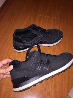 Newbalance size 8 - 574 sneakers