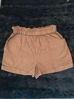 Aritzia Community linen shorts (S) - high waisted