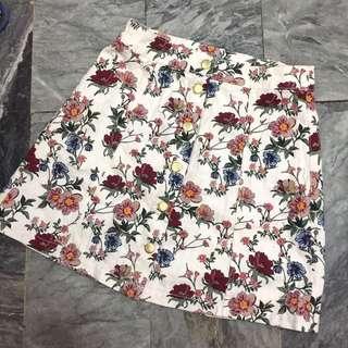 BNWOT H&M Floral Denim A-Line Button down Skirt