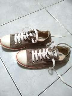Sepatu Converse Original Size 37