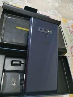 🚚 2month old Note 9 (like new condition)
