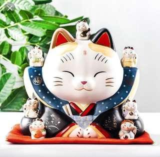 🚚 Yakushigama Large Fortune Cat