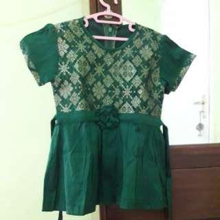 Dress anak warna hijau