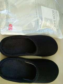 BNIB Uniqlo Navy Blue, Room Shoe